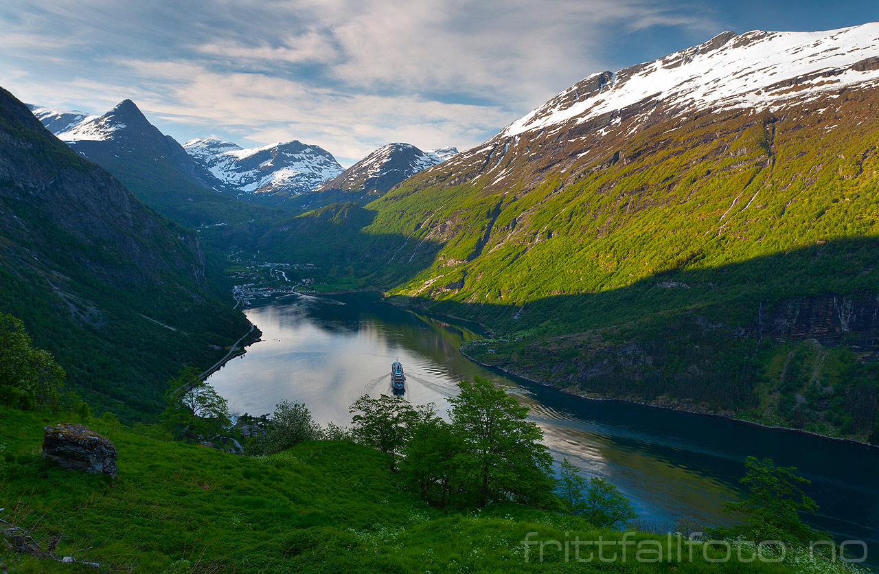 how to travel from sognefjord to geiranger